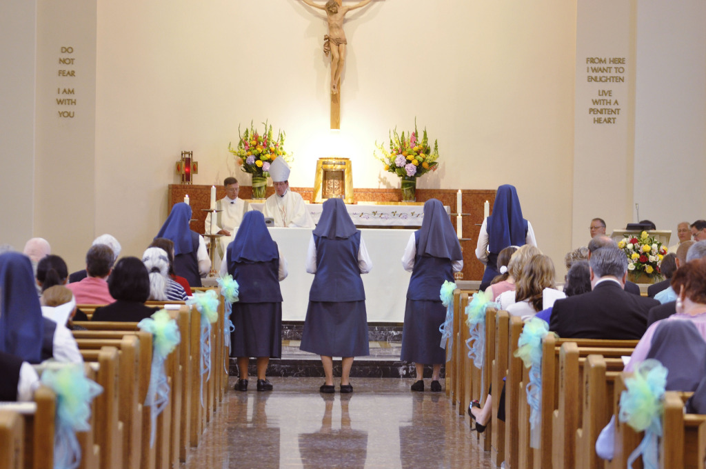 Renewing vows before the Altar of the Lord