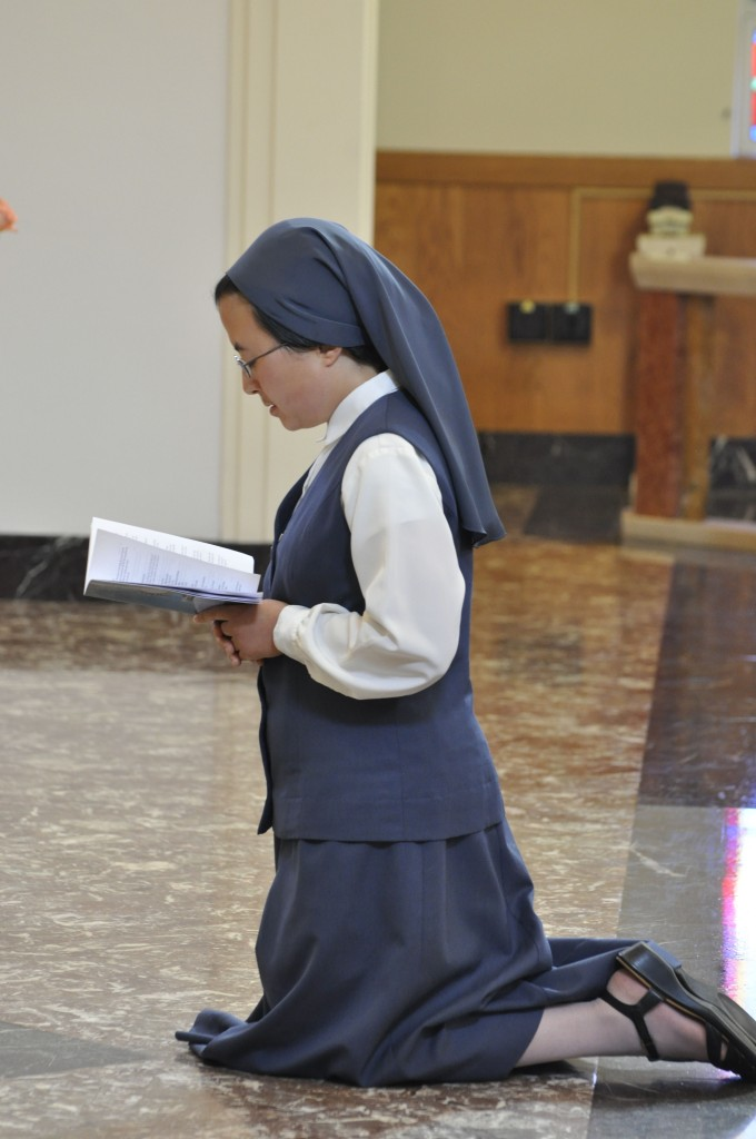 Sr. Emi Magnificat Bratt making her final profession of vows