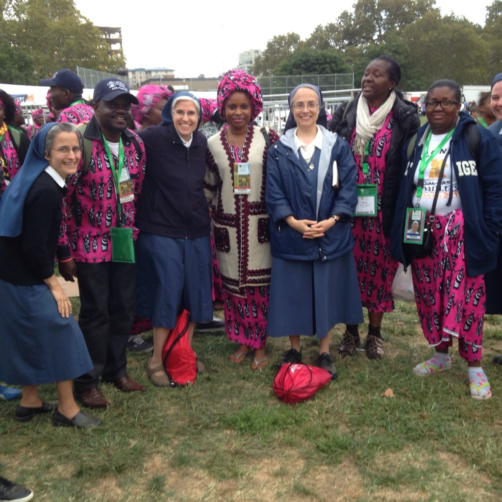 Daughters of St. Paul encounter members of the Nigerian Community