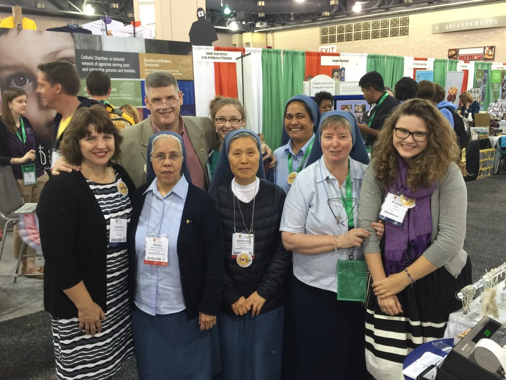 Sr. Nieves, Sr. Emmanuel, Sr. Clare, and Sr. Josephine of the sister Disciples of the Divine Master with the Burke Family of the HFI